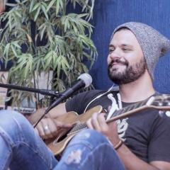 Felipe Oliveira Garcia