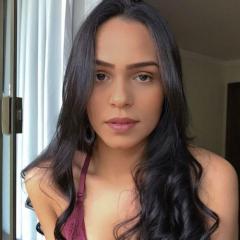 Nicole Linhares