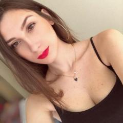 Júlia Morelli