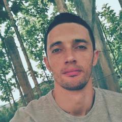 Alex Simas