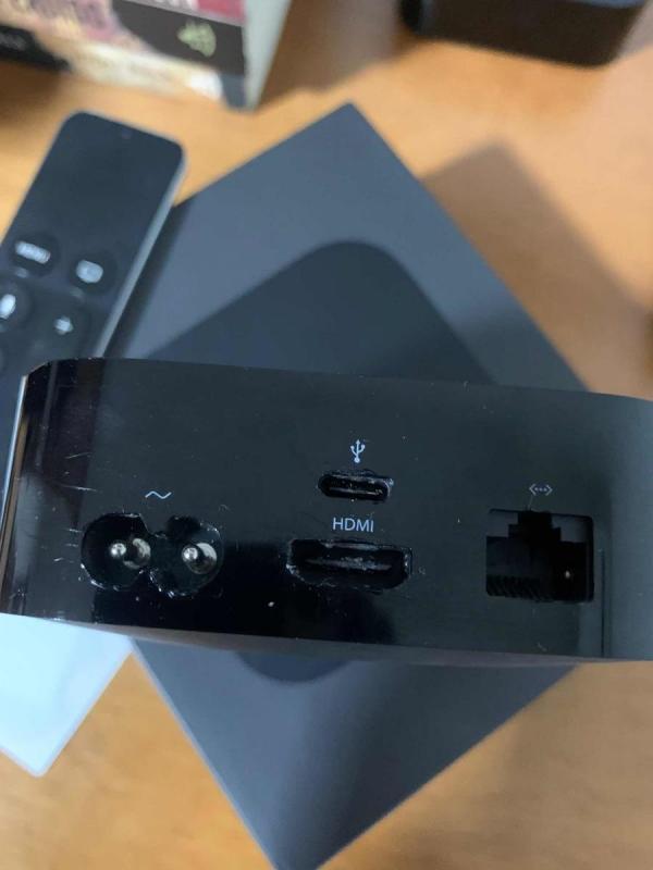 apple-tv-4-geraco-com-defeito-estragado-danificado-D_NQ_NP_894147-MLB32299771565_092019-F.jpg